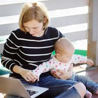 В Москве услугу по оформлению пособия при рождении ребенка перевели в электронный вид