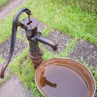 Роспотребнадзор разъяснил, как оборудовать источник нецентрализованного водоснабжения на дачном участке