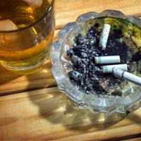 Установлена уголовная ответственность за контрабанду алкогольной продукции и табачных изделий в крупном размере
