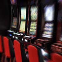 Опубликована новая редакция статей УК РФ и КоАП РФ, посвященных азартным играм
