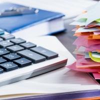 Налоговики разъяснили порядок начисления пеней по транспортному и земельному налогам с 2021 года