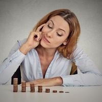 Доходы, выплаченные организацией своему сотруднику на основании решения комиссии по трудовым спорам, облагаются НДФЛ