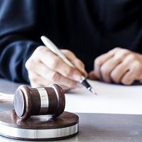 КС РФ: неограниченное право прокурора возобновлять уголовные дела, прекращенные по реабилитирующим основаниям, не соответствует Конституции РФ