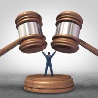 Пленум ВС РФ утвердил список судебных примирителей