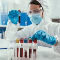 Какие существуют тесты на COVID-19 и чем они отличаются