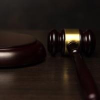 За взысканием с работника материального ущерба нужно обращаться в районный суд
