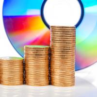 Компенсационные выплаты за свободное воспроизведение гражданами в личных целях фонограмм и аудиовизуальных произведений могут отменить