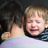 Родителям тяжело больных подростков могут разрешить брать больничный на тот же срок, что и родителям детей младшего возраста