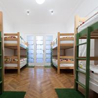 Жилые помещения могут запретить использовать в качестве гостиницы или иного средства временного размещения