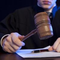 ВС РФ утвердил обзор судебной практики по спорам, связанным с прохождением службы федеральными госслужащими