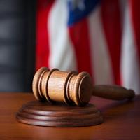 Законопроект о компенсациях за неправосудные решения иностранных судов принят в первом чтении