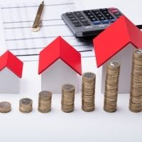 Предлагается приостановить начисление пеней по налогу на имущество физлиц за 2019 год до сентября 2021 года