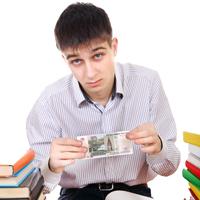 Вузы, взимающие деньги за пересдачи и пропуск занятий, хотят проверить