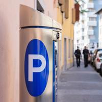 С 26 декабря 2015 года платные парковки появятся еще на 291 участке улиц Москвы