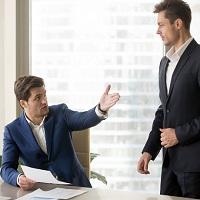 Работодатель не несет ответственности за решение уведомленного о сокращении сотрудника уволиться по собственному желанию