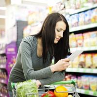 Что делать, если цена, указанная на ценнике товара, не совпадает с ценой на кассе: разъяснения Роспотребнадзора