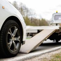 Подписан закон о регулировании процедуры принудительной эвакуации транспортных средств
