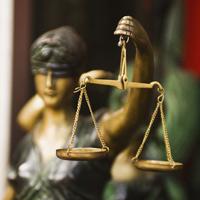 Иностранных граждан предлагается в некоторых случаях временно освобождать от ответственности по делам о принудительном выдворении