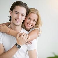 Если недвижимость приобретена безработной женой, то имущественный вычет может получить ее работающий муж