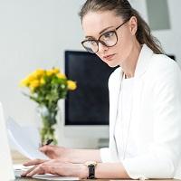 Роструд указал, может ли работодатель требовать от сотрудника предоставить справку о диспансеризации