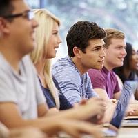 Прилежным студентам-договорникам предлагается предоставлять скидки на оплату обучения
