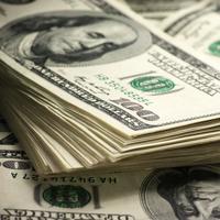 Российских бизнесменов могут обязать обменивать 50% валютной выручки на рубли