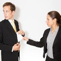 Минимальное наказание за получение и дачу взятки может быть снижено
