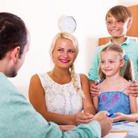 Планируют освободить от НДФЛ доходы, полученные молодой семьей с двумя и более детьми при продаже жилья