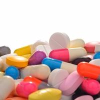 Президент поручил создать единую электронную площадку госзакупок лекарств