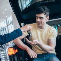 Транспортный налог: сообщить в налоговый орган о неучтенном автомобиле необходимо даже в случае его продажи