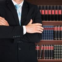 Предлагается уточнить, что бесплатная юридическая помощь оказывается в том числе на стадии исполнительного производства