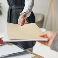 Жалобу по делу об административном правонарушении можно подать только на бумажном носителе