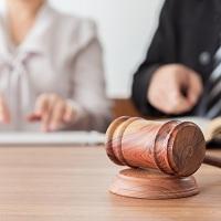 Адвокаты, в адвокатском кабинете которых работают сотрудники, вправе включить расходы на оплату их труда в профессиональный налоговый вычет