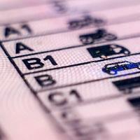 С 20 октября водители-нарушители смогут получить права назад только после уплаты всех штрафов