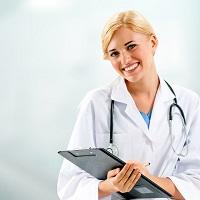 Санитаркой и младшей медсестрой можно работать только после профобучения
