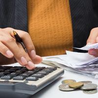 Размер комиссии при оплате гражданами коммунальных услуг и внесении платы за жилье могут ограничить