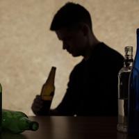 Минздрав России не одобряет инициативу о снятии запрета на продажу алкоголя вблизи школ