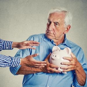 Будущее НПФ, или Как бороться с незаконным переводом пенсионных накоплений