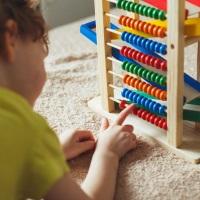 Налоговики пояснили, когда можно получить социальный налоговый вычет по расходам на оплату кружков в детском саду
