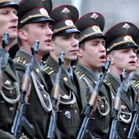 Президент РФ утвердил закон о совмещении учебы в вузе и службы в армии